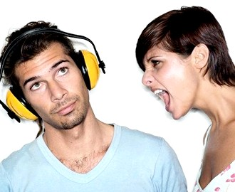 Що дратує чоловіків у жіночих вчинках?