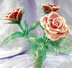 Квіти з бісеру. Троянди. Майстер клас з покроковий фото