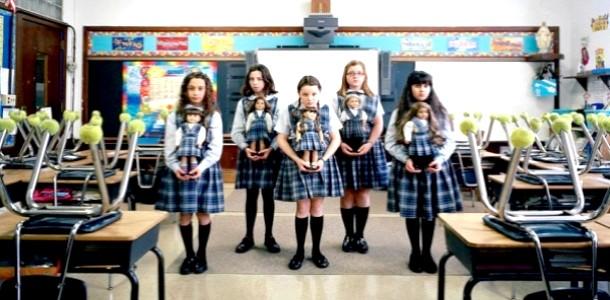 Фотопроект: дівчатка і їх ляльки-близнюки