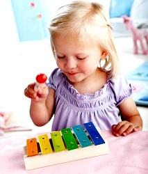 Як розвинути у дитини музичний слух фото