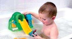 Правильно вибираємо іграшки для ванної