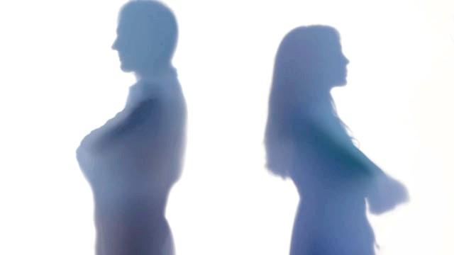 Процедура розвінчання після розлучення