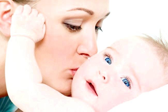 Дитина народилася через три місяці після смерті матері