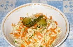 Салат зі свіжої капусти та моркви. Популярні рецепти