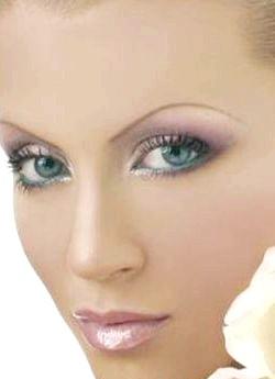 Секрети макіяжу в домашніх умовах
