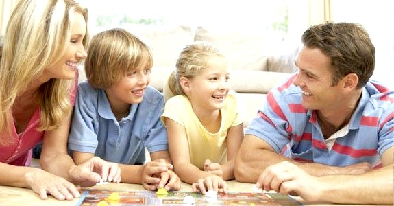 Сімейні вихідні: чим зайнятися в морозну погоду будинку
