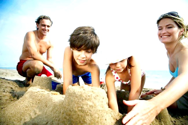 Сімейний відпустку: кращі країни для відпочинку з дитиною