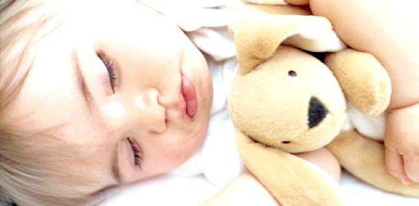 Соска може врятувати життя малюкові