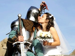 Середньовічне весілля у стилі лицарського турніру