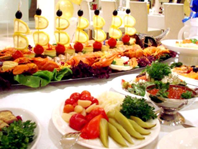 холодні закуски на весіллі