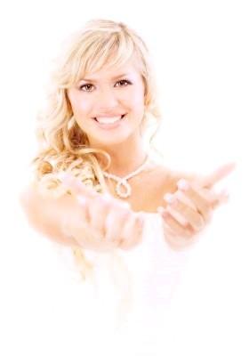 Догляд за волоссям, тілом та за обличчям перед весіллям