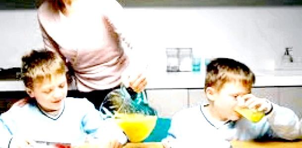 Ума Турман - найдивніша мама Голлівуду