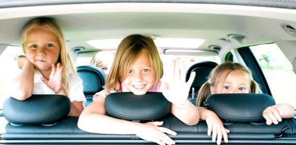 5 ігор для дітей в машині