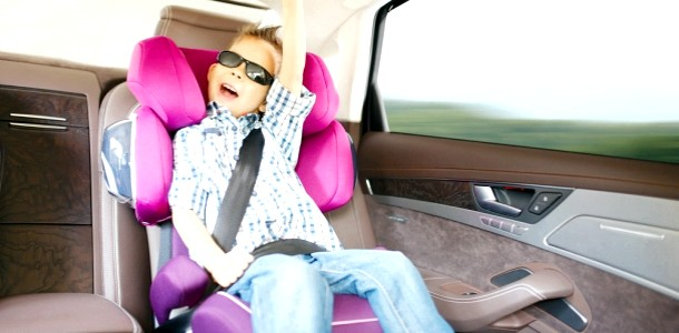 Автокрісло для дитини 6 років: потрібно чи ні?