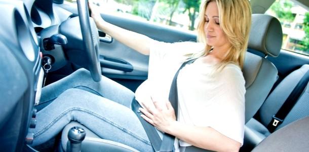 Вагітність і автомобіль: чи можна майбутній мамі сідати за кермо