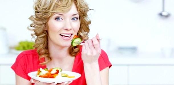 Чим повинна харчуватися мама, яка годує?