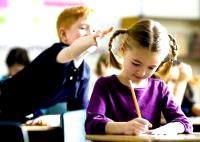 Що робити, якщо малюка дражнять в школі
