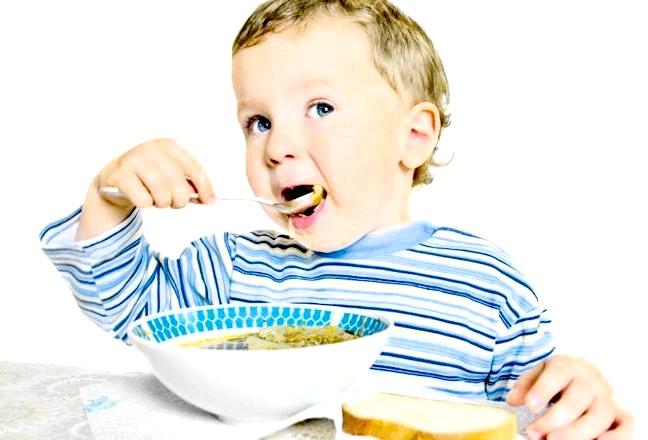 Що повинен уміти дитина від року до трьох років