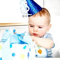 Що подарувати малюкові на 3 роки? фото