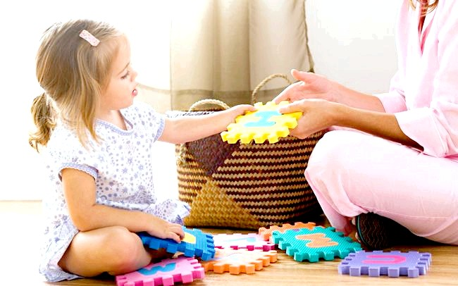 Етапи розвитку мови дитини від року до трьох років