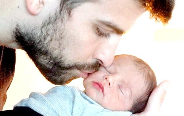 Шакіра і Жерар Піке опублікували нове фото малюка