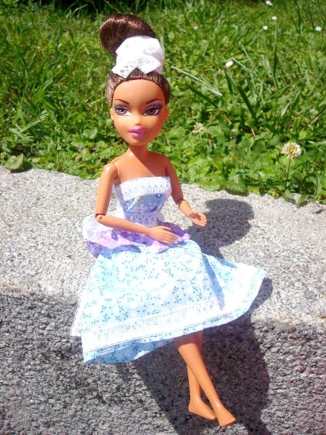 Сукня для ляльки