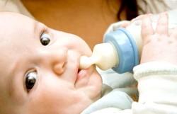 Суміші для дитячого харчування: що потрібно знати про них