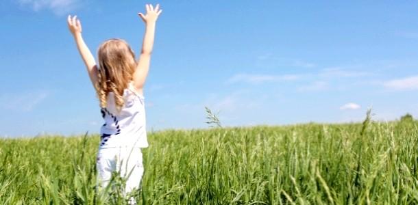 На дачі з дитиною: які рослини самі отруйні і небезпечні